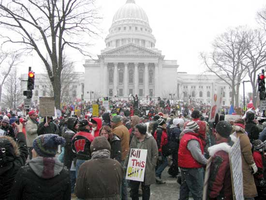 Wisconsin, workers out in the cold