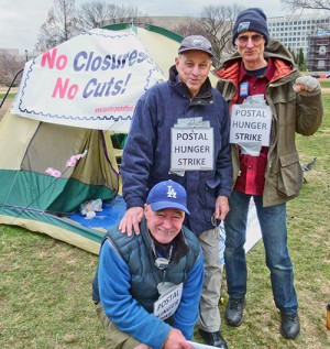 Hunger strike in Washington to save postal jobs and services.WW photo: Joseph Piette