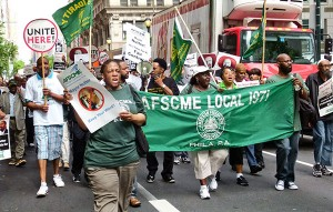 Philadelphia AFSCME workers protest at Mayors' Summit May 23.WW photo: Betsey Piette