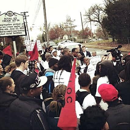 Durham, N.C. — Burger King striker Willetta Dukes speaking at end of march. WW photo: Dante Strobino