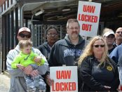 Honeywell UAW Local 9 workers on the picket line in South Bend, Ind.