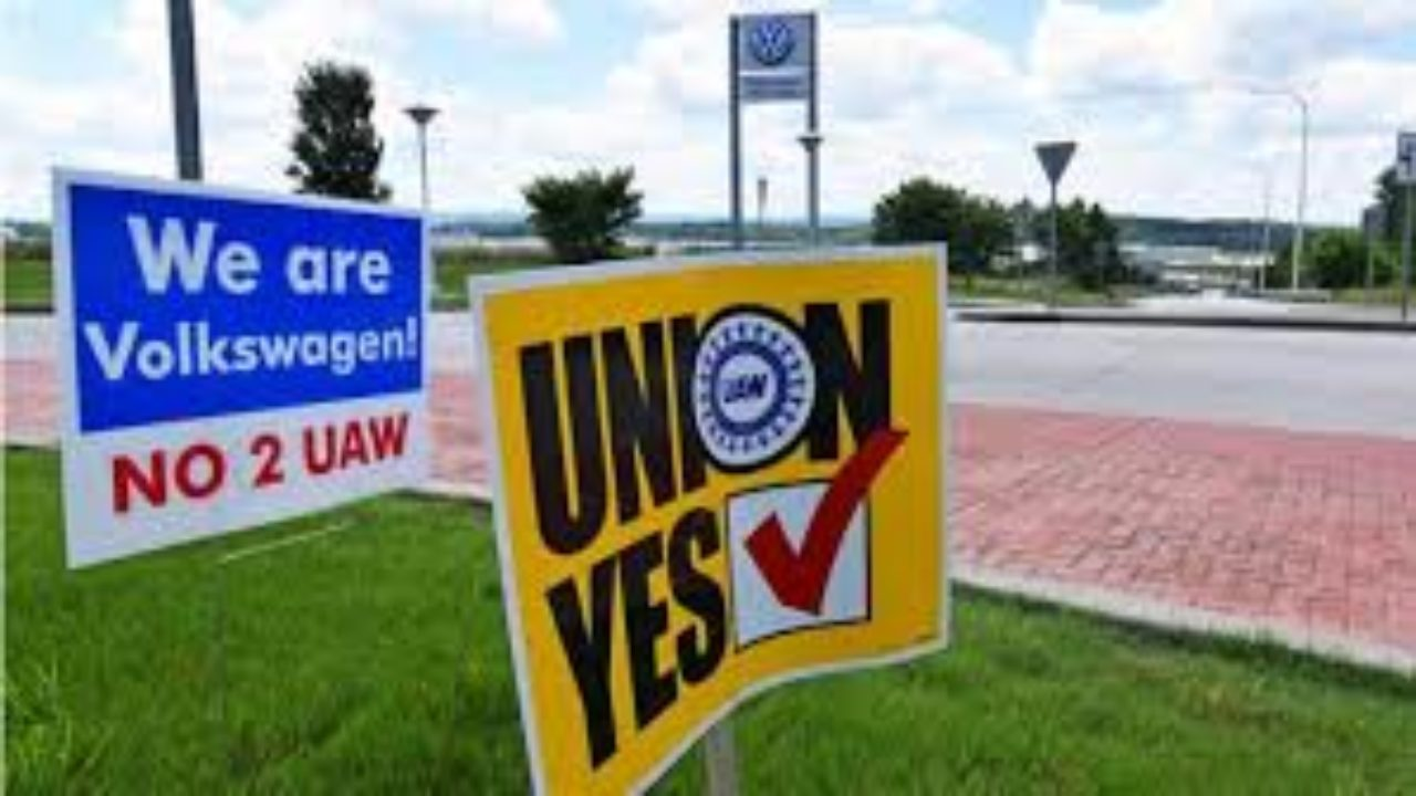 """Company intimidation behind """"no union"""" vote at VW – Workers World"""