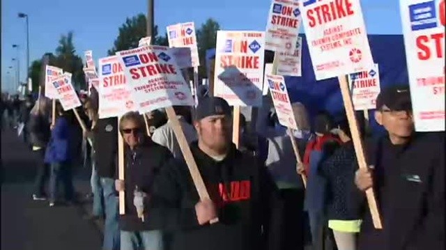 VIDEO-IMAGE-Triumph-employees-hit-the-picket-lines
