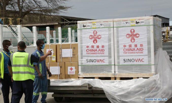 Im Gegensatz zum hundertfachen Milliardär Gates teilt China Impfstoffe und Technologie mit der ganzen Welt (Workers World)