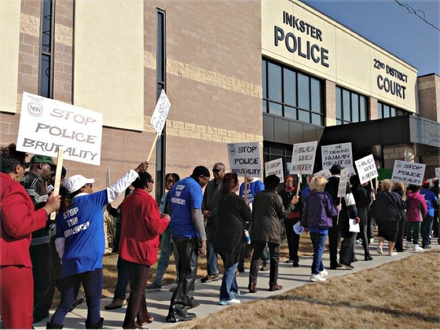 Spring demonstration demanding justice for Floyd Dent.WW photo: Martha Grevatt