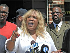 Tanya Brown Dickerson, mother of Brandon Tate-Brown, speaking Aug. 5 in Philadelphia.WW photo: Joseph Piette